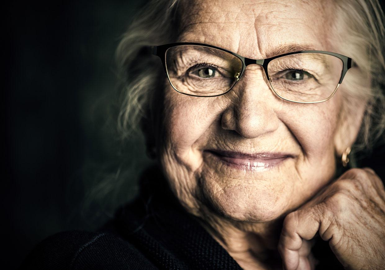 Wir sind auf die Verbesserung des Sehens für patienten mit Makuladegeneration spezialisiert.